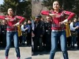 点击观看广场舞 美女鬼步舞 2