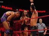 WWE乔丹逆袭夺6人大战胜利 获洲际冠军挑战资格