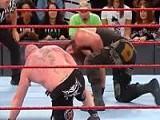 WWE 2017毫不留情:大布带斯特劳曼进惨烈重摔