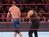 点击观看WWE 2017毫不留情:塞纳祭出霸王举鼎罗曼弹开
